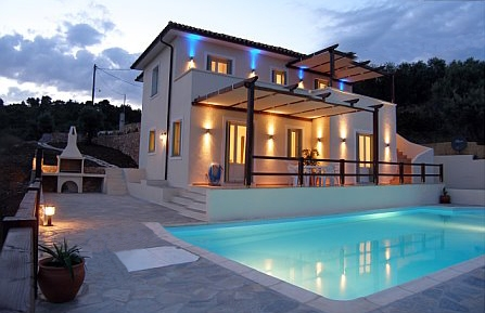 Stunningly beautiful luxury villa rental at Alonissos Villas